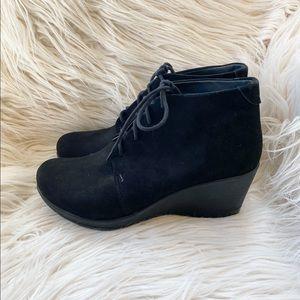 Danskin Renee Suede Wedge Boots Sz 41